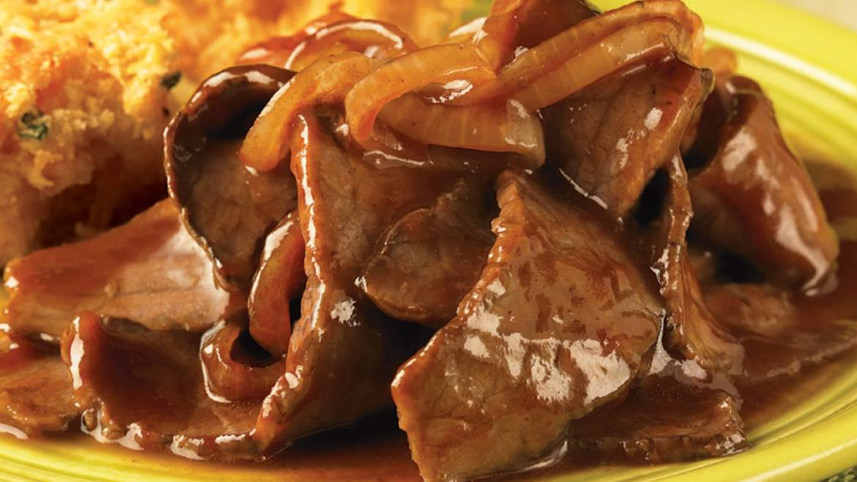 BBQ BEEF SKILLET WITH CORNBREAD